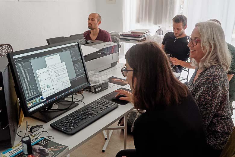 Atelier d'impression numérique à la galerie Uni-Vers Photos